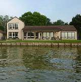 Texas waterfront homes for sale / rent
